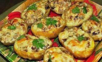 картошка запеченная с фаршем в духовке фото