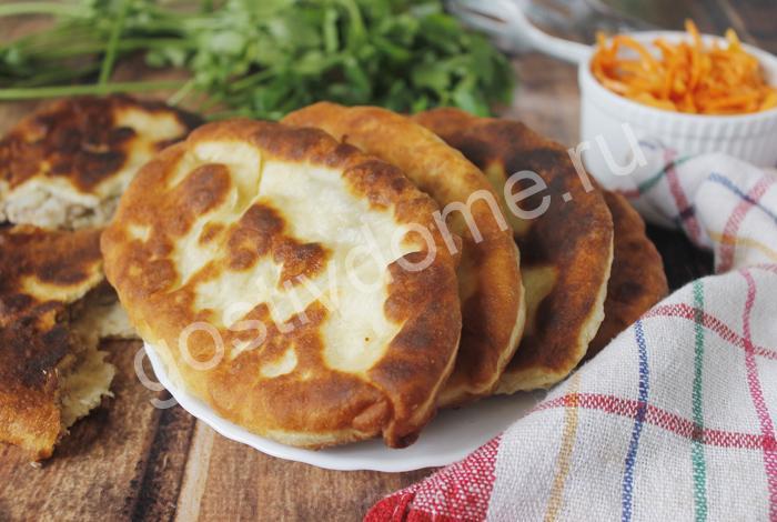 фото к ецепту пирожки с картошкой и печенкой жареные