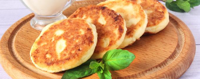 фото к рецепту сырники из творога на сковороде