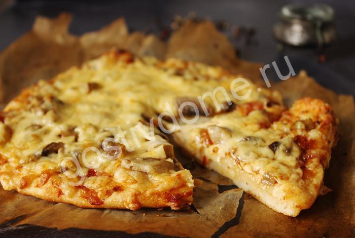 фото к рецепту пицца с грибами и сыром