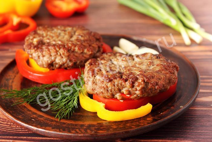 фото к рецепту бифштекс рубленный из говядины