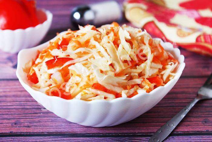 фото к рецепту салат из капусты с болгарским перцем и морковью