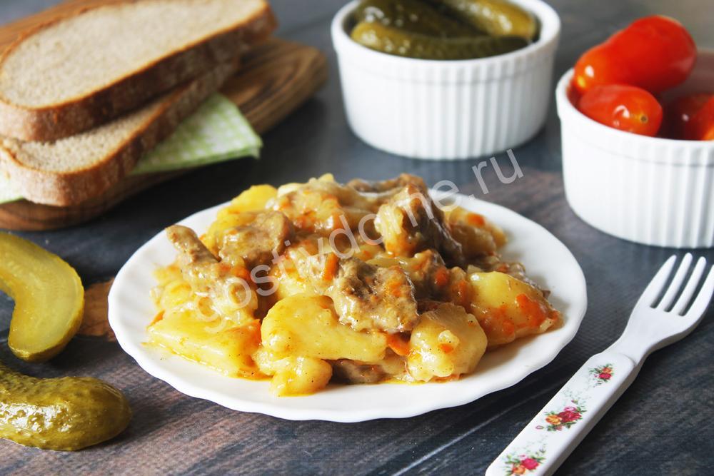фото к рецепту жаркое по-домашнему из говядины с картофелем на сковороде